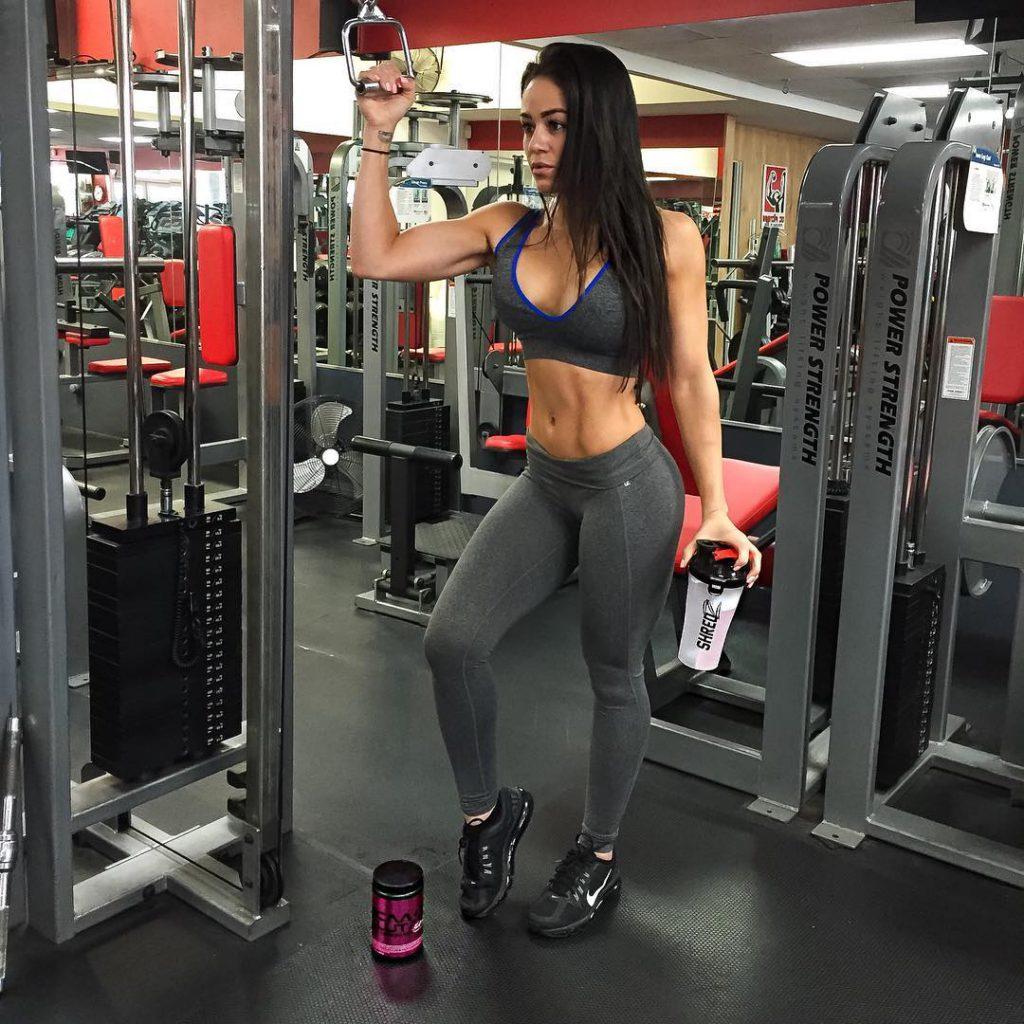 035_sportsmenki