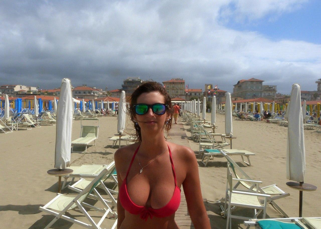 Частные фото пляж, Частное фото девушек на пляже 10 фотография