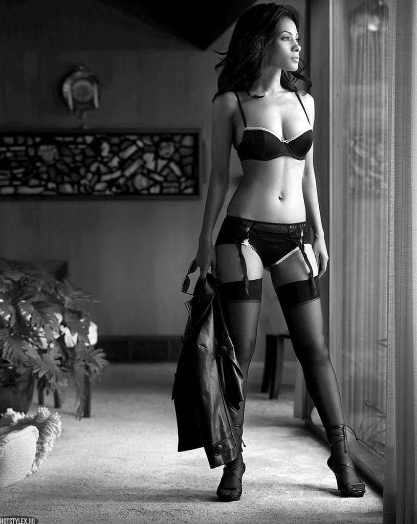 Красивые фото девушек в чулках