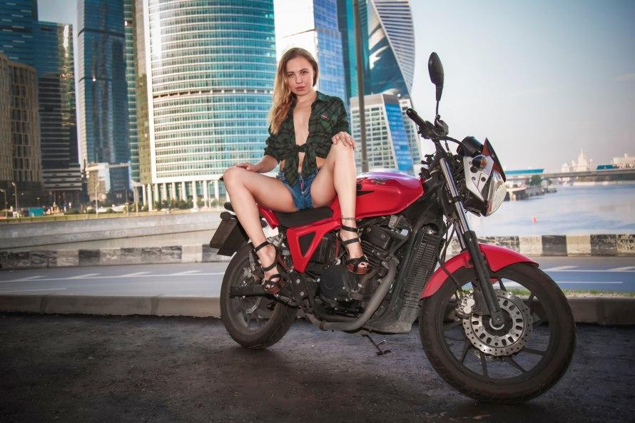 Девушки на мотоциклах фото